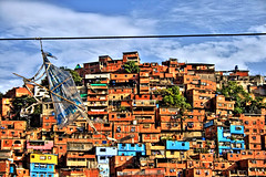 5 de Julio (Pankcho) Tags: poverty houses mountain kite colors wire colours venezuela cable colores caracas cerro montaa casas favela barrio hdr ranchos papagayo pobreza petare cometa asentamiento slump miseria barriada 5dejulio