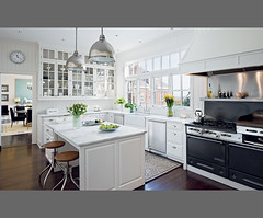Classic all-white kitchen by designer Victoria Hagan (xJavierx) Tags: white house inspiration classic home kitchen design connecticut interior room decorating marble remodel decor waterworks urbanarchaeology beadboard kitchenmakeover architecturaldigest farmsink whitekitchen victoriahagan vgroove designershomes