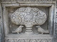 Prambanan 03 - Relief (Ben Beiske) Tags: old sculpture closeup indonesia temple java ancient buddhist buddhism relief temples figure shiva hindu hinduism carvings prambanan mahadeva