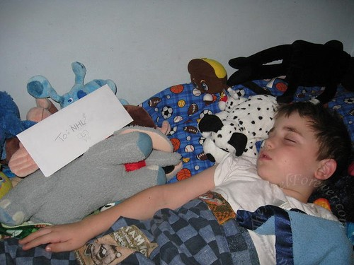 Note and the sleeping boy