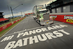 Bathurst (DingosGotMyBaby) Tags: australia trucks custom bathurst removals kenworth dawsons klos t908