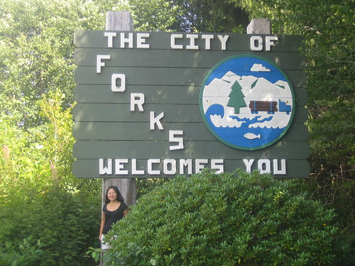 With Forks sign