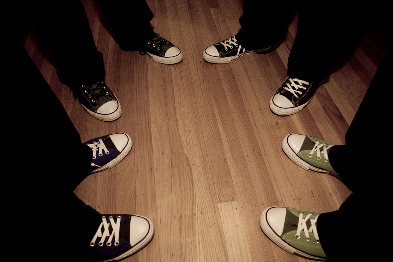 converse shoes at wedding for groom and groomsmen