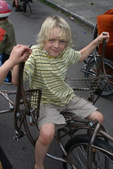 IMG_6841 (wittco.gmbh) Tags: bike bicycle portland parade pdx wittwer june12 bakfiets bakfietsen cargobikes clevercycles wittcogmbh wittco metrofiets cirqueducycling