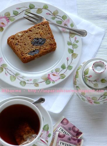 Cake con Prugne e Tisana