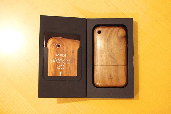 "090627 iPhone Case ""iWood"""
