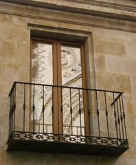 68.Balcon
