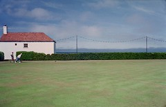 Bowling Green, Cromer, England (YYL Photography) Tags: ocean park leica old uk blue roof red sea summer vacation england sky people woman white house holiday man game color colour green english film colors grass sport 35mm person seaside couple colours fuji unitedkingdom britain superia norfolk lawn parks balls rangefinder natura 1600 summicron hedge bowling fujifilm british bowls notdigital bowlinggreen cromer lawnbowls pensioner m4p superia1600 leicam leicam4p leicasummicron35mmf20iv yylphotography nprtopography