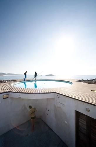roof pool 6