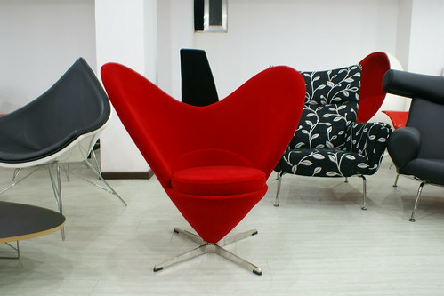 Heart Cone Chair - Red | Design Verner Panton | powered by tagwerc