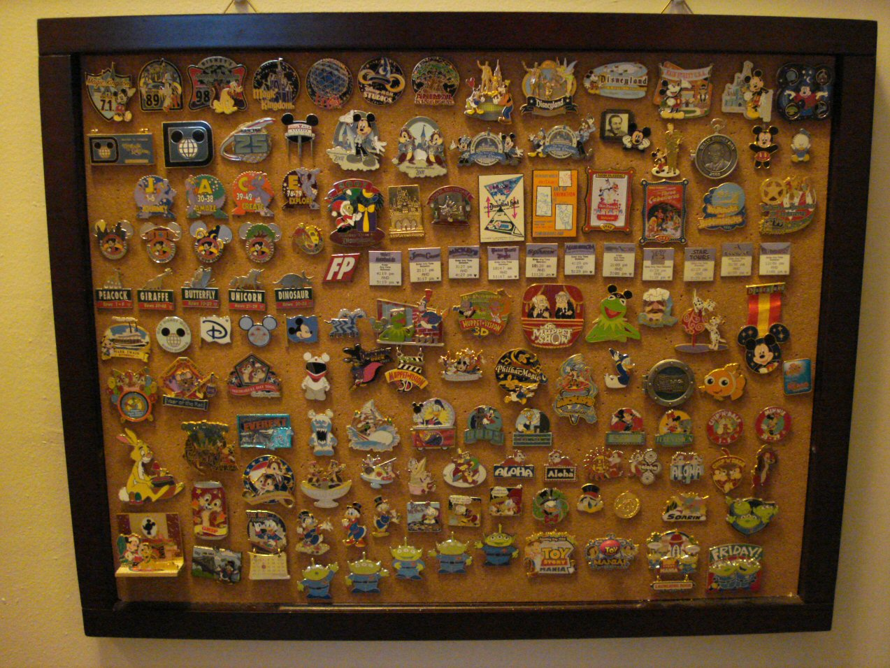 Show Off Your Pin Collection! - MiceChat