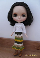 A new girl in the house! And also a Blythe crocheted skirt (fits Momoko dolls, too!)