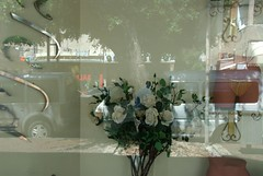 080805_abba_0782 (abbarich) Tags: urban contrast telaviv women depthoffield vision jewish imagination richman abba stree holymen nikon200 israeljerusalem lumixg1 abbarichman abstractisrael streetreligio textureurbanlandscape