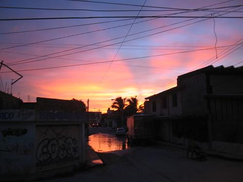 Ultimos rayos de sol antes de que Wilma cayera sobre Cancun