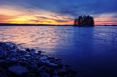 Last day of October (Antti-Jussi Liikala) Tags: blue light sunset red sky lake tree water yellow rock stone night forest suomi finland d50 dark skyscape island evening nikon glow purple horizon tokina1224 shore kuopio gradual