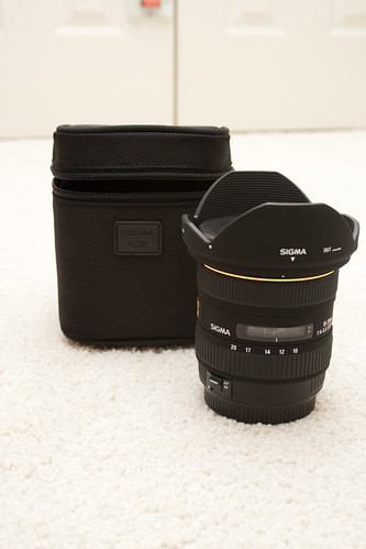 Sigma 10-20mm F4-5.6 EX DC Lens and Case