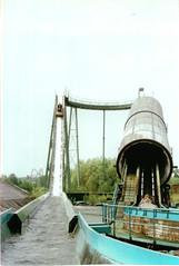 Descending Niagara (CoasterMadMatt) Tags: derbyshire granada amusementpark rides themepark attractions shut ilkeston closeddown logflume defunct americanadventure theamericanadventure nightmareniagara americanadventureworld
