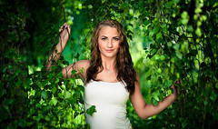 Pia (Severin Sadjina) Tags: summer portrait woman color green colors face leaves norway norge women sommer laub norwegen blad foliage greenery grn frau dame bltter farbe softbox damen fru quadra farben frauen portrett octa grnn noreg farger elinchrom lv farge kvinne octobox canon50mmf12l 50mmf12l 5012l octabox 50mm12l canonef50mmf12l canonef50mmf12lusm ef50mmf12l elinchromocta canoneos5dmarkii softboks 50f12l canon5dmkii 5dmarkii 5dii 5dmkii canon5dmarkii elinchromquadra elinchromrangerquadra elinchromquadrarx elinchromrotaluxsoftboxocta quadrarx rotaluxocta elinchromrangerrxquadraas elinchromoctabox