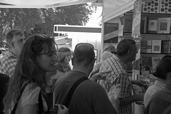 FERIA DEL LIBRO 1 014 copia (Cazador de imgenes) Tags: madrid park street espaa primavera book spring spain streetphotography feria libro books streetphoto libros retiro espagne spanien spagna spanje spania  feriadellibro elretiro spange retiropark feriadellibro1