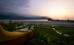 Hanalei Bay (rc.photo) Tags: ocean sunset beach hawaii northshore kauai hanaleipier outriggercanoe waiolibeachpark