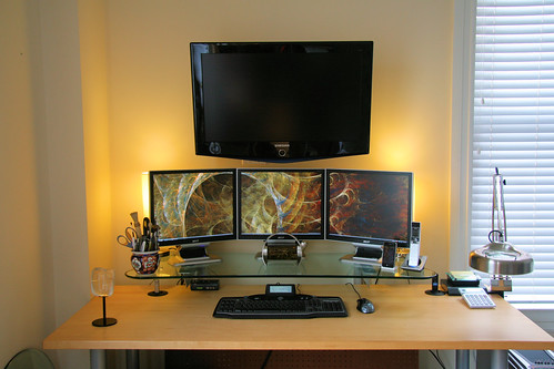 Work Space, circa 2009 - The Serene Workspace