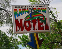 Something Fishy about this Motel (Pete Zarria) Tags: vacation neon roadtrip wyoming cody roadside sheridan wildwest oldsigns buffalobill