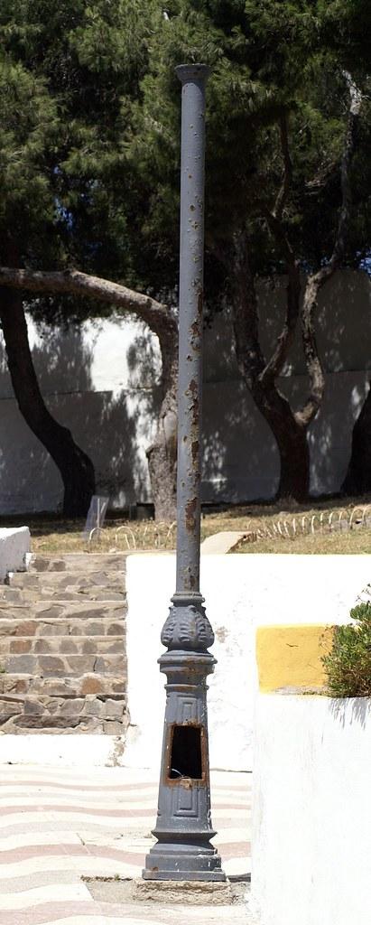 Farola Parque Lobera, denuncia de Melilla España