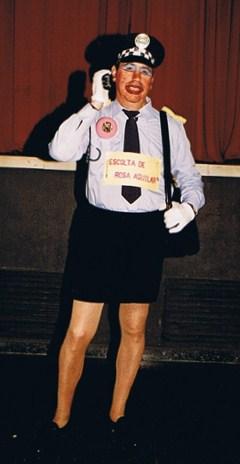 ¿Agente de la CIA? no, municipal.