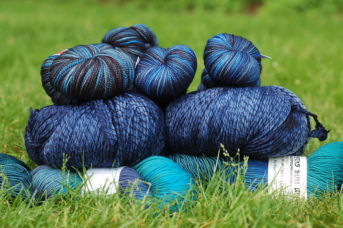 Big pile of blue yarn