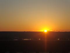 South Dakota: Chamberlain - Sun setting over the prairie