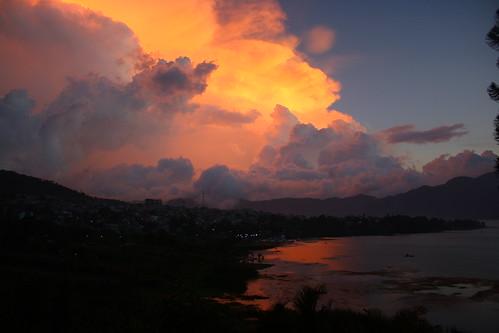 Puesta de sol en Atitlán (II)