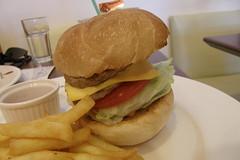 05.雙層起司牛肉堡 (2)