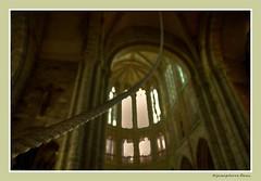 Sonnez les matines♪♫ (♪jeanpierre) Tags: normandie cloche montsaintmichel corde abbaye abbatiale sonnez benedictin matines