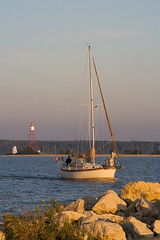Sailing Into the Harbour (SilverGenes) Tags: manitoba heclaisland gullharbour