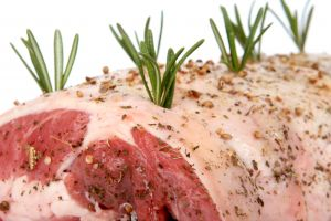 1097283_roast_lamb_with_rosemary
