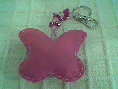 Borboleta pink 2 (Atelier Maria Bonita) Tags: patchwork lembrancinhas chaveiros chaveirofeltro artesanatocuiab patchworkcuiab feltrocuiab