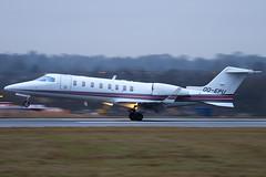 OO-EPU - Abelag Aviation - Learjet 45 - Luton - 090126 - Steven Gray - IMG_7266