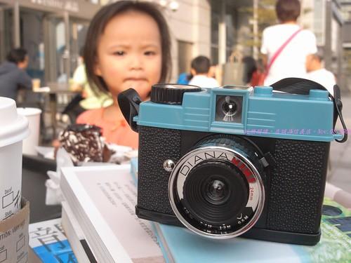 katharine娃娃 拍攝的 5Diana Mini Lomo相機。