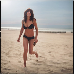 Miss Barbara Boel running at the beach (PIXistenz) Tags: color water analog hasselblad500cm platinumphoto pixistenz barbaraboel