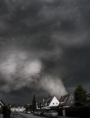 A storm is brewing (Photofreaks) Tags: storm industry geotagged essen kohle steel thunderstorm industrie ruhrgebiet  2010 stahl krupp ruhrarea ruhrpott heavyindustry bergbau kohlenpott kulturhauptstadt  europeancapitalofculture  schwerindustrie    europischekulturhauptstadt photofreaks capitaleuropeiadacultura capitaleeuropennedelaculture europeiskkulturhovedstad capitaleeuropeadellacultura capitaleuropeadelacultura culturelehoofdstadvaneuropa europiskkulturhovedstad avrupakltrbakenti geo:lat=5138804 europoskultrossostin europejskastolicakultury geo:lon=7005422   sn    evropskhlavnmstokultury  capitaleuropeadacultura    capitaleuropeanaculturii  eurpskehlavnmestokultry europaskulturhuvudstder  europeongkabiserangkultura   euroopankulttuuripkaupunki wwwphotofreakseu adengs