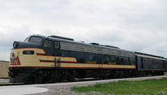 Louisville & Nashville E-8 on display at the Railpark in Bowling Green, Kentucky May 2009 (bluerim) Tags: kentucky ln passengertrain bowlinggreenky 796 electromotivedivision louisvillenashvillerailroad railpark emde8 railsacrossdixie