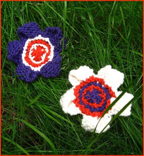 pop art flower brooches