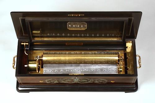 004-Caja de música 1870-Copyright Nationaal Museum van Speelklok tot Pierement
