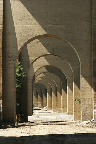 2009_08_15 24565 Railway Arches
