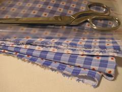 tecido-plastico-tesoura