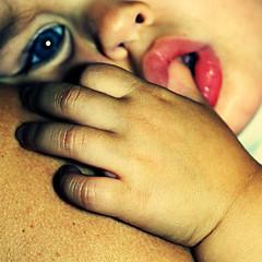 Chrubin (Christine Lebrasseur) Tags: pink blue portrait people baby brown france eye art 6x6 girl canon mouth child hand body 500x500 lison challengeyouwinner bestofr artofimages allrightsreservedchristinelebrasseur bestportraitsaoi elitegalleryaoi