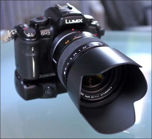 Panasonic GH2 Summilux 25mm f/1.