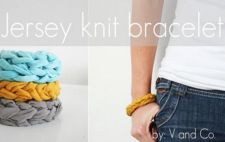 DIY Jersey Bracelets Post1