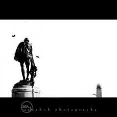 Lokpal o~? (ayashok photography) Tags: bw anna india white black beach statue marina bill high nikon key madras may minimal chain human gandhi minimalism nikkor 70300mm chennai bnw tamilnadu cwc gandhiji 2011 d40 hazare bappu dsc2082 ayashok lokpal chennaiweekendclickers