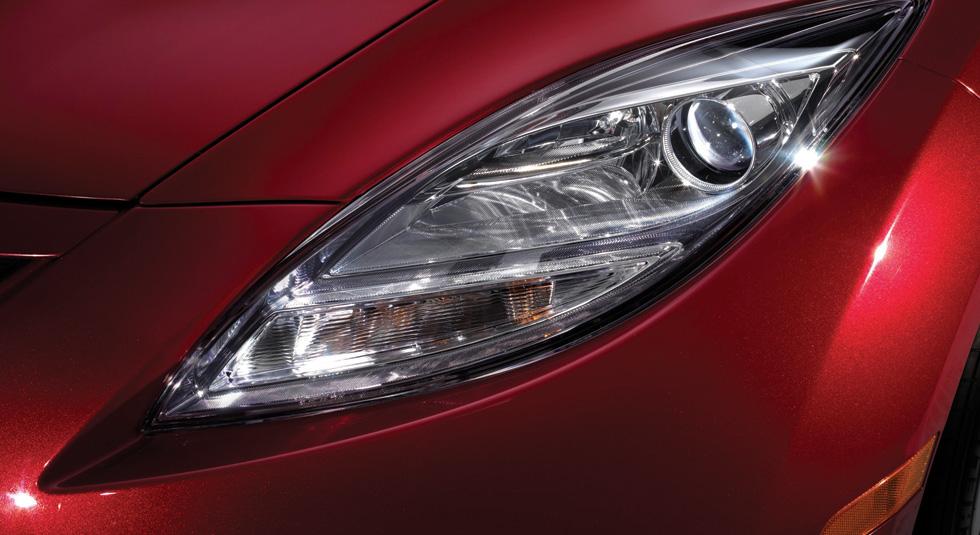Mazda 6 Xenon low-beam headlights